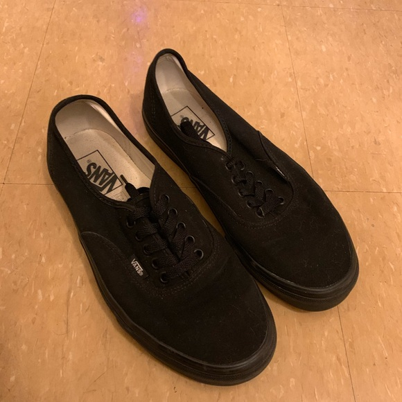 all black vans mens size 9